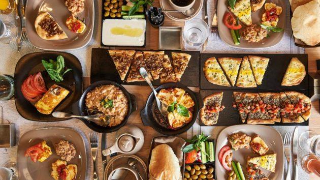 Kuchnia W Dubaju Co Zjesc Kulinarne Nawigacje